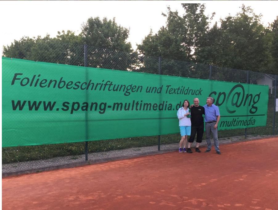 Neue Tennisblenden